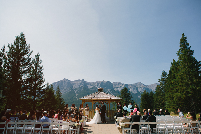 canmore, alberta, silvertip golf course, wedding, mountains, bride and groom, ©Gabe McClintock | www.gabemcclintock.com