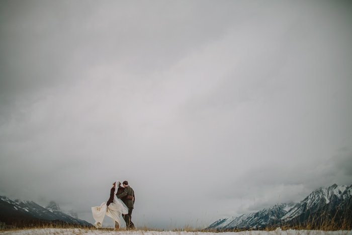 canmore wedding photographer, mountians, banff, alberta, winter, ©Gabe McClintock Photography